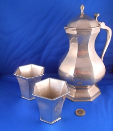 Set  of 1x flagon and 2x cup 1350