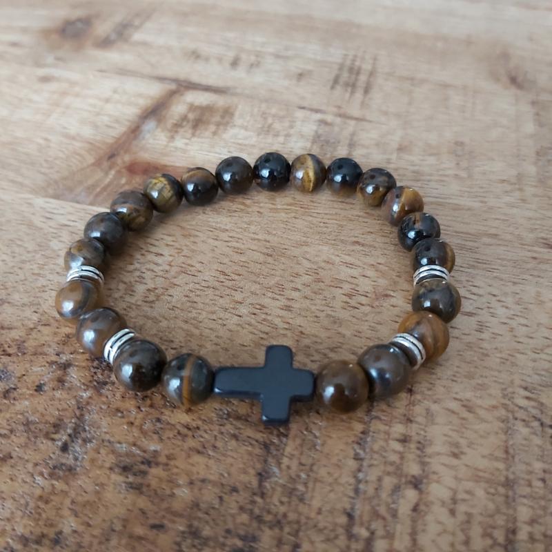 natuurstenen kralen met kruis H016
