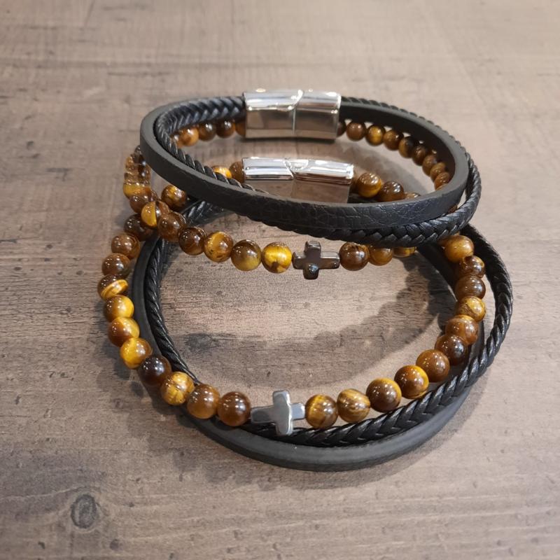 Leren armband met  bruine kralen