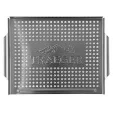 Traeger grill mand