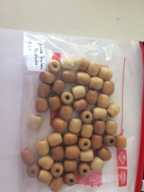 gelakte houten kralen per 50 stuks