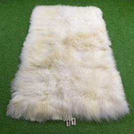 Wit IJslands schapenkleed (Quattro) 180 x 120 rechte hoeken.
