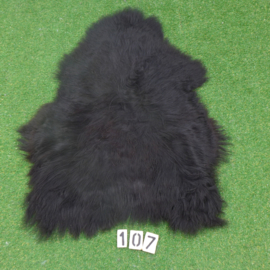 Black Icelandic sheepskin (110 x 75)