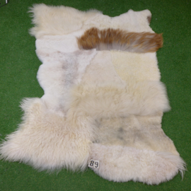 White/brown mixed sheepskin rug (200 x 150)