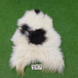 Black / white spotted Icelandic sheepskin (130 x 80)