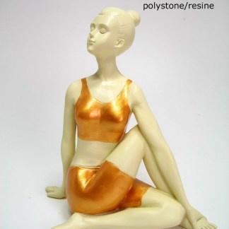 Yoga vrouw - Been over Been - 19 x 18 cm
