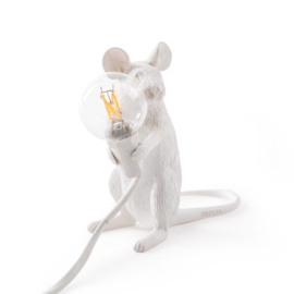 Seletti Mouse tafellamp zittend