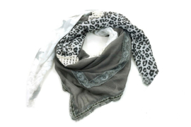 Donker grijze sjaal