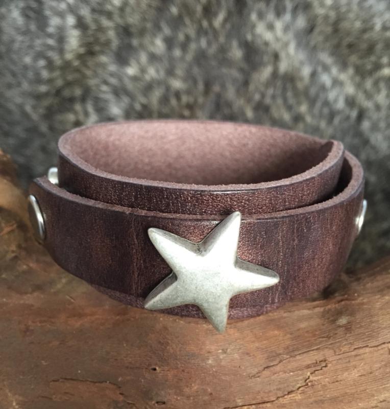 Brown Star