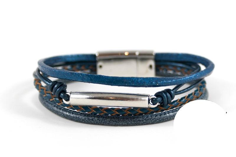 Leren donkerblauwe  armband met buisje