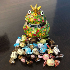Pomme Pidou Snoeppot (Kikker Klein) Gevuld met Rovelli Chocolade