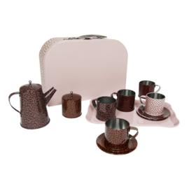 Tea set + Suitcase