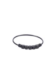 Zusss Ring Metalen Kraaltjes Zwart