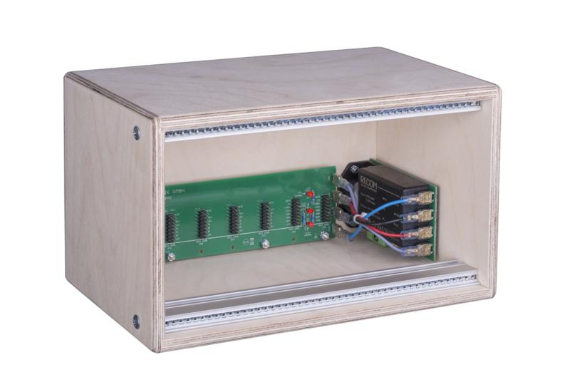 Doepfer A-100LC1 Low Cost Case 3HE/48TE, 100-240V  (erurorack case)