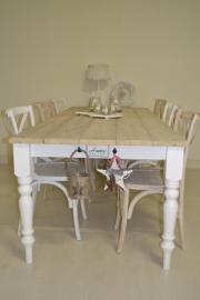 Landelijke eettafel en salontafel