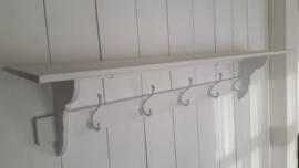 Houten kapstok of commodeplank van 1.50m