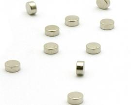 Magneetje, geschikt voor piramides (windspiel)