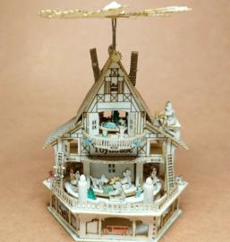 Piramide speelgoedhuis