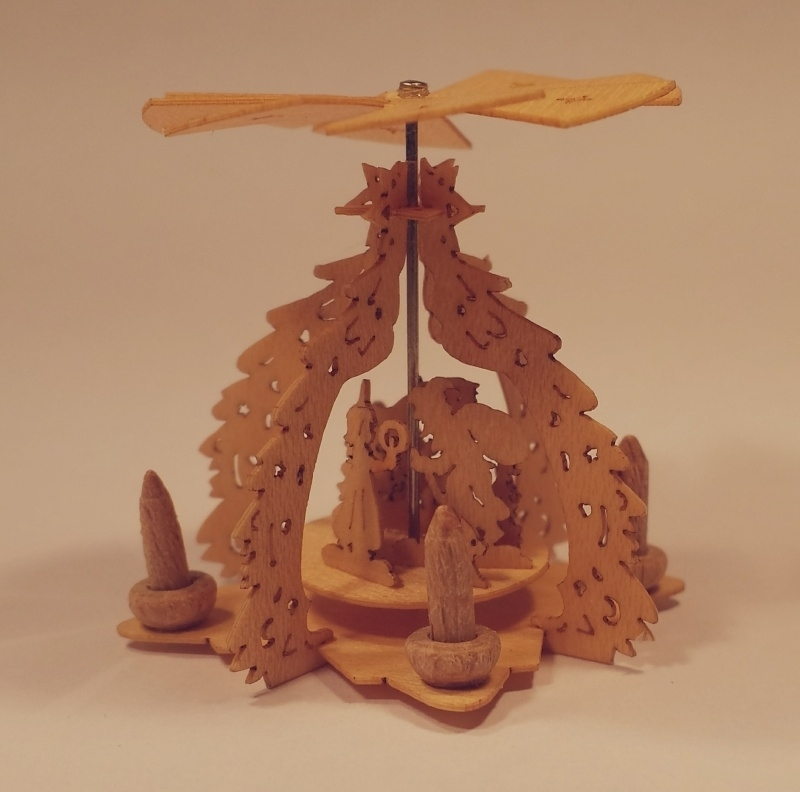 Piramide, P09