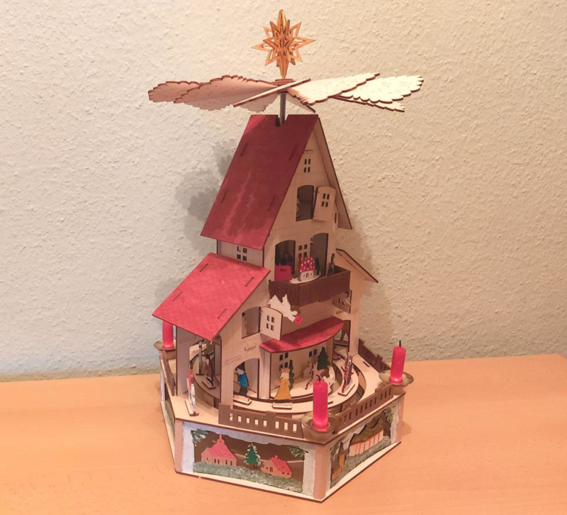 Tafelpiramide kerstpaleis