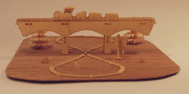 Treinbaan met viaduct, M127a