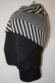 O'neill Beanie 054386 Stripes