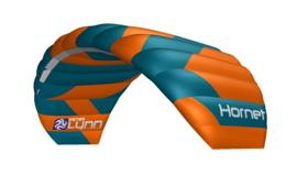 Peter Lynn Hornet 4-line all-round power kite met handles