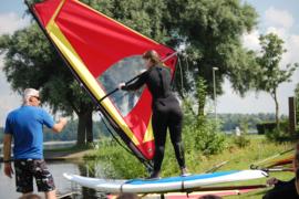 Dagcursus Windsurfen zaterdag 18 juli van 11 tot 16 uur