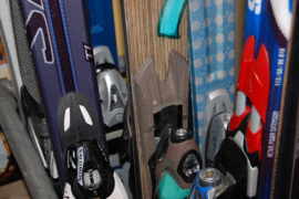SLIJPEN en WAXEN  Ski's KLEIN
