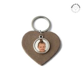 Lederen tas/sleutelhanger in hartvorm met fotobedel