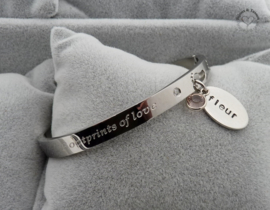 "Quote armband ""Footprints of Love"" incl. naambedel en geboortesteentje"