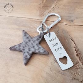 Lederen ster sleutelhanger incl. teksthanger
