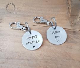 "Sleutelhanger ""Super Juf"" of Tofste Meester"""