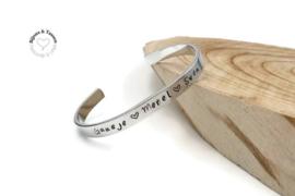 Armband met naam en/of geboortedatum