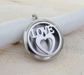 "Parfum locket ""Love"""