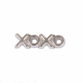 "Floating Locket Charm ""Xoxo"""