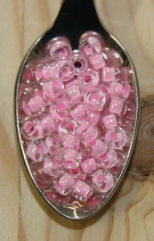 Seed bead - 6/0 - pink lined crystal