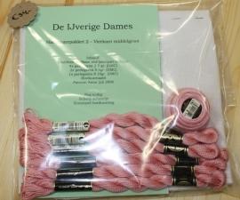 Hardangerpakket 2 - vierkant middel - roze