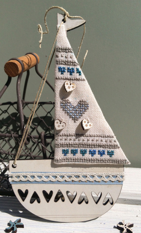 Cream boat - KBAT2