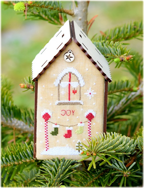 Christmas birdhouse joy - 163