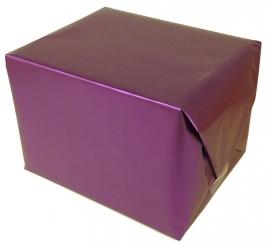 Kado(`s) inpakken in paars kadopapier