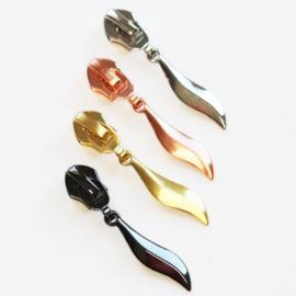 Metalen runner/ritsvoetje Blad- diverse kleuren