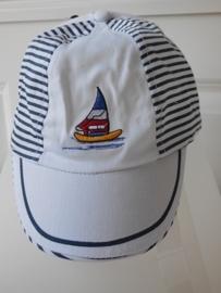 Petje gekleurde boot