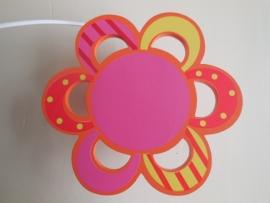 Gezellige bloem lamp voor de kinderkamer Nino&ideas