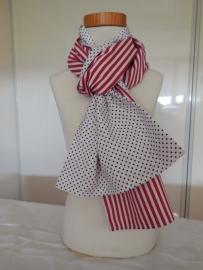 Handgemaakte sjaal twee kanten te dragen