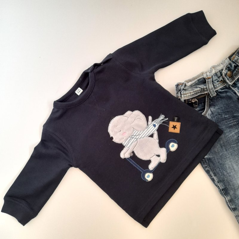 CHIZ-CHIC   Sweater Muis op de Step applicatie