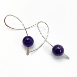 Zilveren confetti oorbellen met Amethist