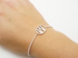 Zilveren armbanden met initiaal
