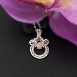 Opaal hanger, zilver