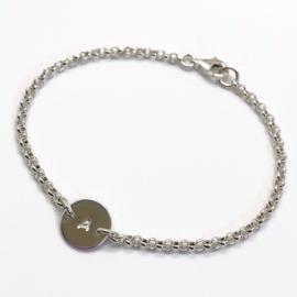 Sterling zilveren armband met initiaal naar keuze
